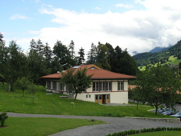 Gästehaus mit Speisesaal